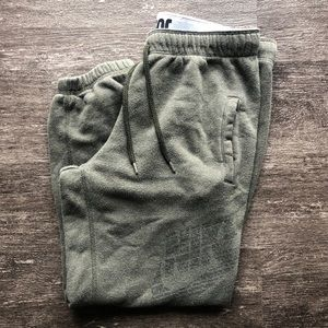 NIKE loose fit cropped sweats